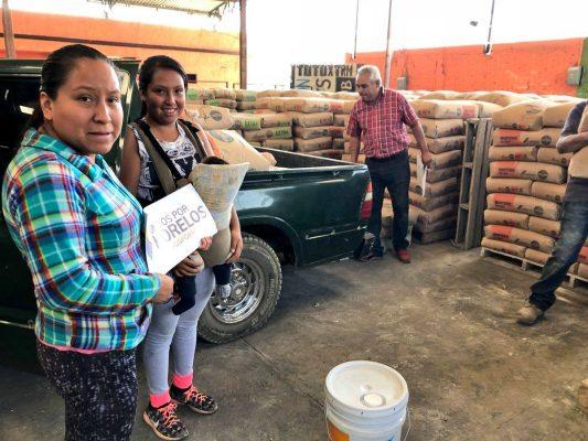 Reparte Unidos por Morelos material de construcción