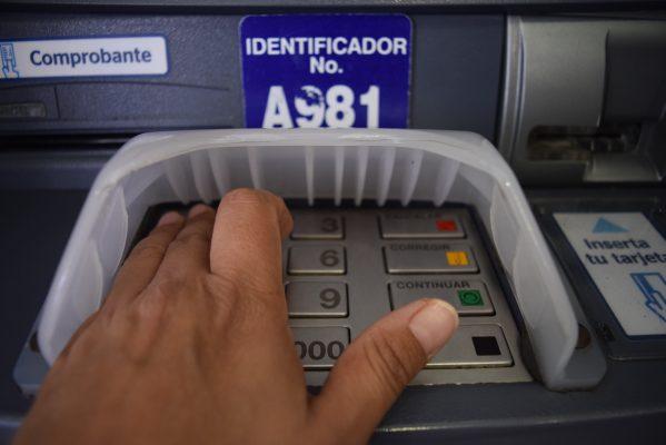 Cajeros automáticos, los sitios más inseguros: Condusef