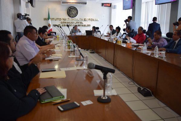 Falta que seis partidos registren a sus precandidatos ante el INE