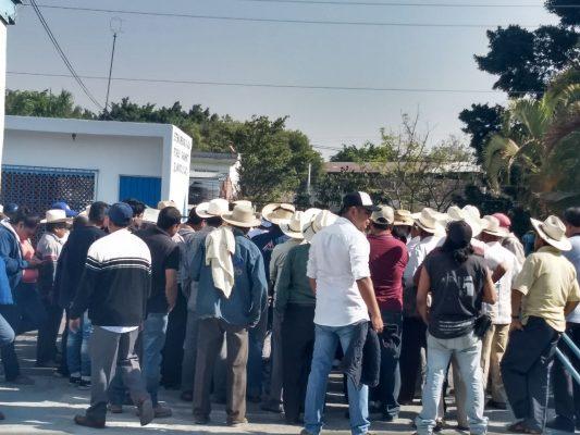 La manifestación del día: ejidatarios de Tetelcingo