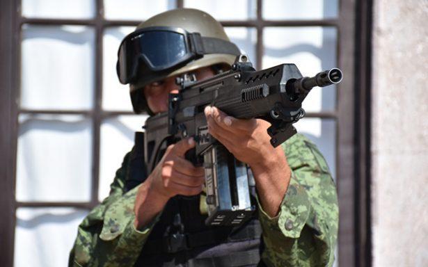 """[VIDEO] Fusil FX-05 la """"Serpiente de Fuego"""" del Ejército"""