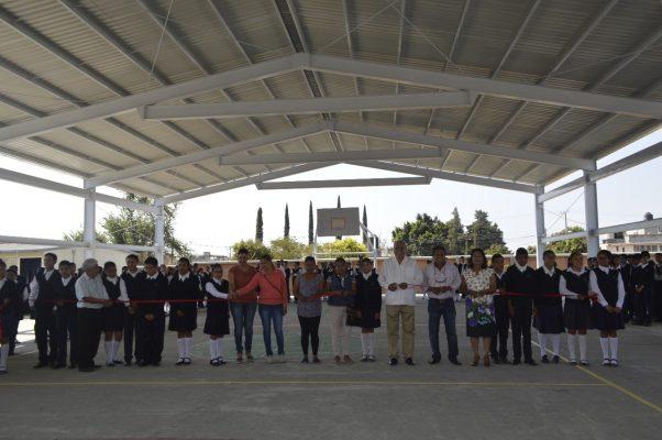 Inauguran obras en escuelas de Atlatlahucan