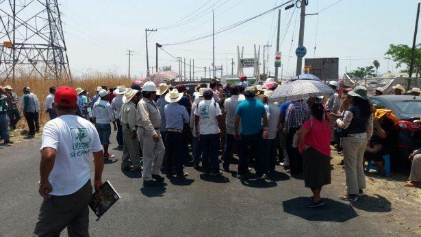 Ejidatarios exigen el cumplimiento de obras y agua potable