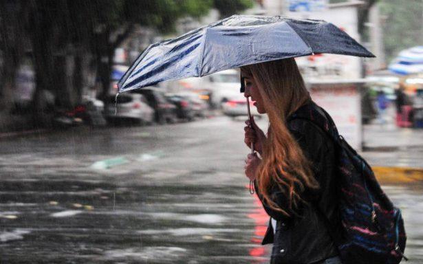 Prevén lloviznas acompañadas de descargas eléctricas en la CDMX