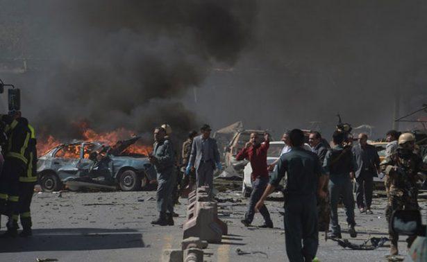Al menos 90 muertos y 380 heridos en explosión de Kabul