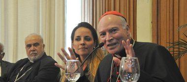 El cardenal Carlos Aguiar hizo un llamado a estudiar a los candidatos
