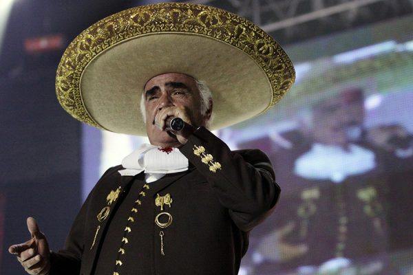 ¿Vicente Fernández, otra vez se enfrenta al cáncer?