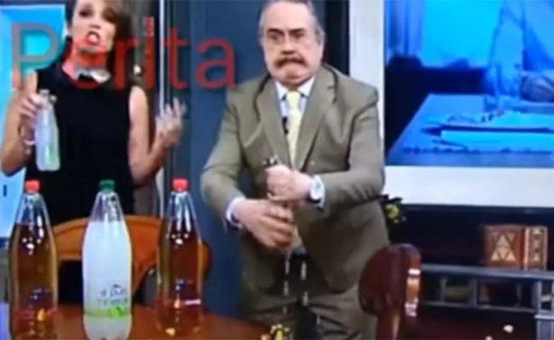 """[Video] ¡Pedro Sola hace otro """"oso"""" en televisión abierta!"""