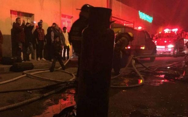 Con explosión de pirotecnia e incendio, SLP recibe el 2018