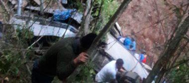 Aumenta a 17 las víctimas tras volcadura en Chiapas