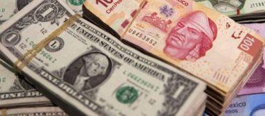 Se vende dólar hasta en 19.33 pesos en bancos; Bolsa Mexicana arranca semana a la baja