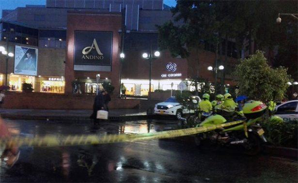 Explosión en centro comercial de Bogotá deja tres mujeres muertas