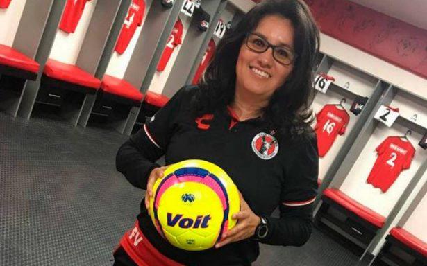 El balón en el corazón de Fabiola Vargas