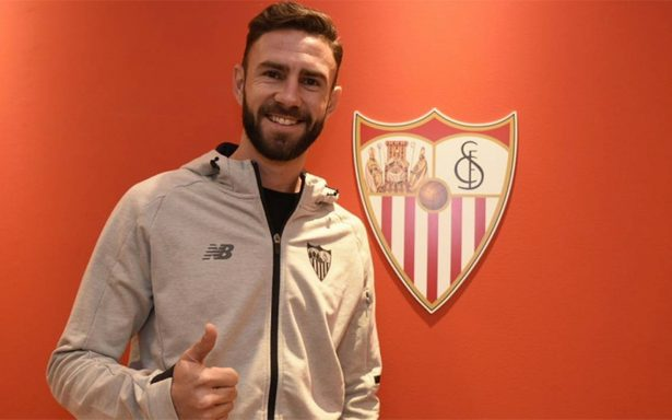 Presentan oficialmente a Miguel Layún en el Sevilla