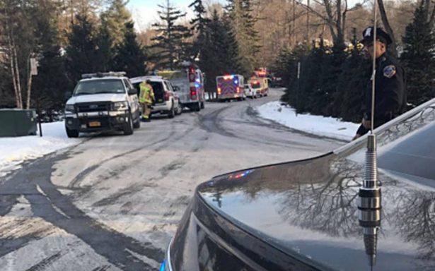 Bomberos controlan incendio en residencia de la familia Clinton, en Nueva York
