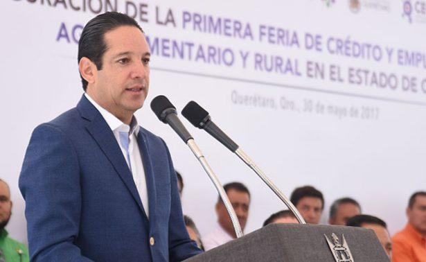 Prohíbe gobernador condicionar entrega de apoyos