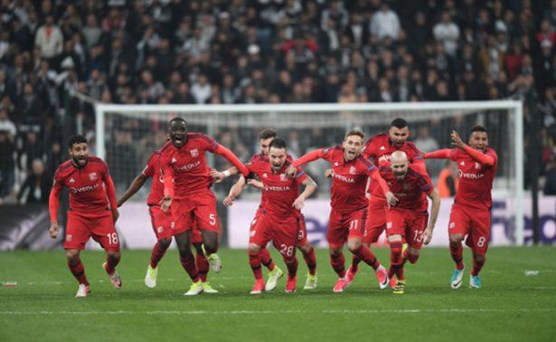 Lyon se clasificó a las semifinales de la Europa League