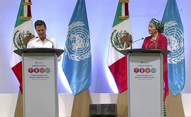 Peña Nieto urge capacitación y prevención para evitar desastres