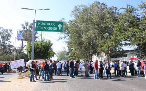 Continúan protestas en Salud de Oaxaca
