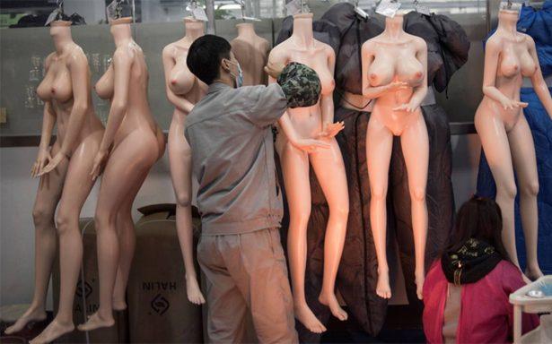 Muñecas sexuales que hablan, un remedio a la soledad en China