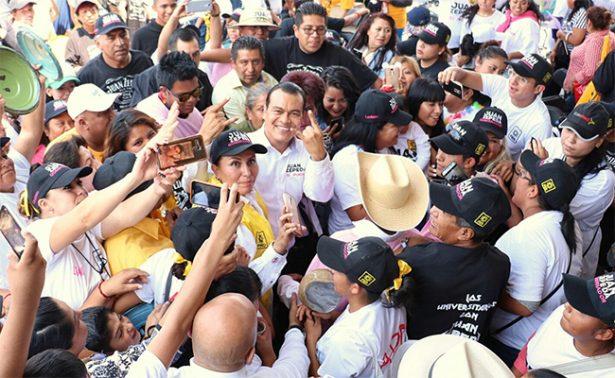 Juan Zepeda pide otra vez a AMLO que Delfina decline por él