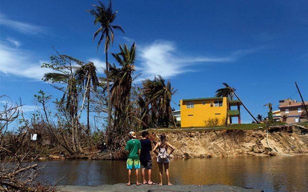 A tres semanas del huracán María, Puerto Rico lucha por recuperarse