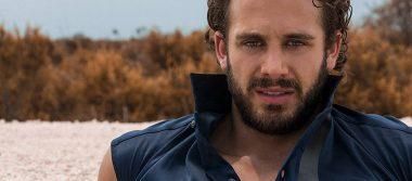 Lambda García firma contrato para hacer telenovelas por dos años más