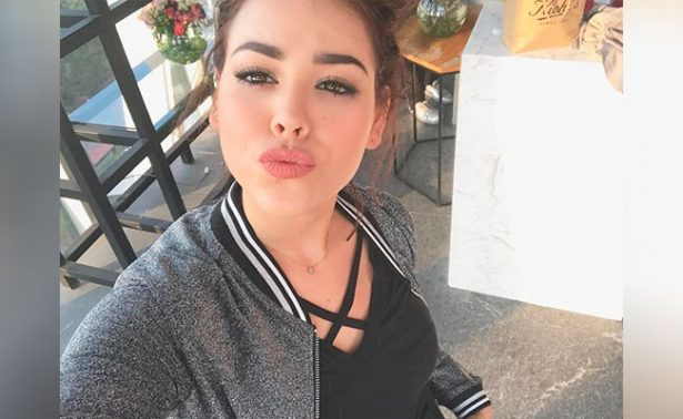 Danna Paola causa revuelo por sus piernas en Instagram