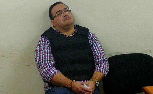 Defensa del exgobernador Javier Duarte lo apoya en su huelga de hambre
