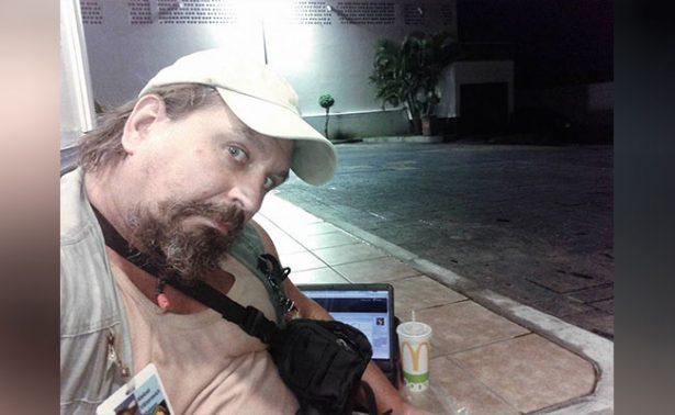 Hombre burla seguridad y se toma selfie con #LordNaziRuso