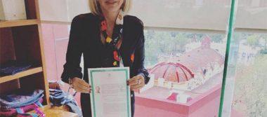 Pese a críticas, Laura Bozzo está feliz de ser oficialmente mexicana