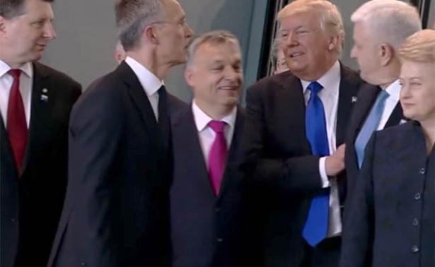 ¡Primero yo! Trump empuja a líder de la OTAN para estar al frente