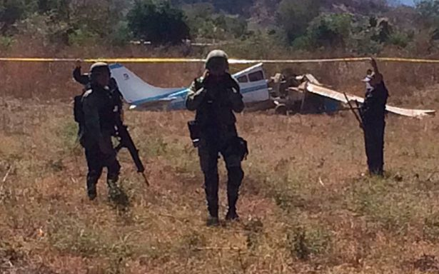 Se desploma avioneta y deja dos muertos en Imala, Culiacán