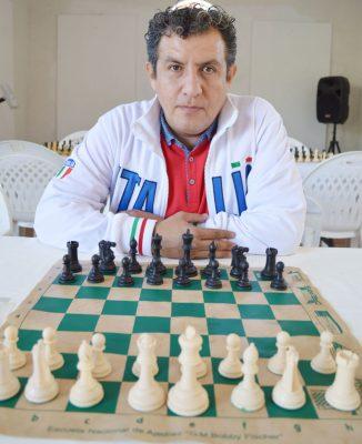 Disputan partido de ajedrez en Jojutla
