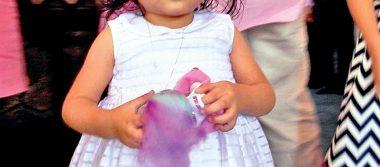 Recibe Nancy Guadalupe las aguas bautismales
