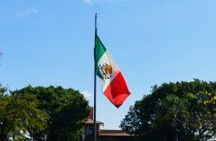El 24 de febrero, México celebra el día de la bandera nacional