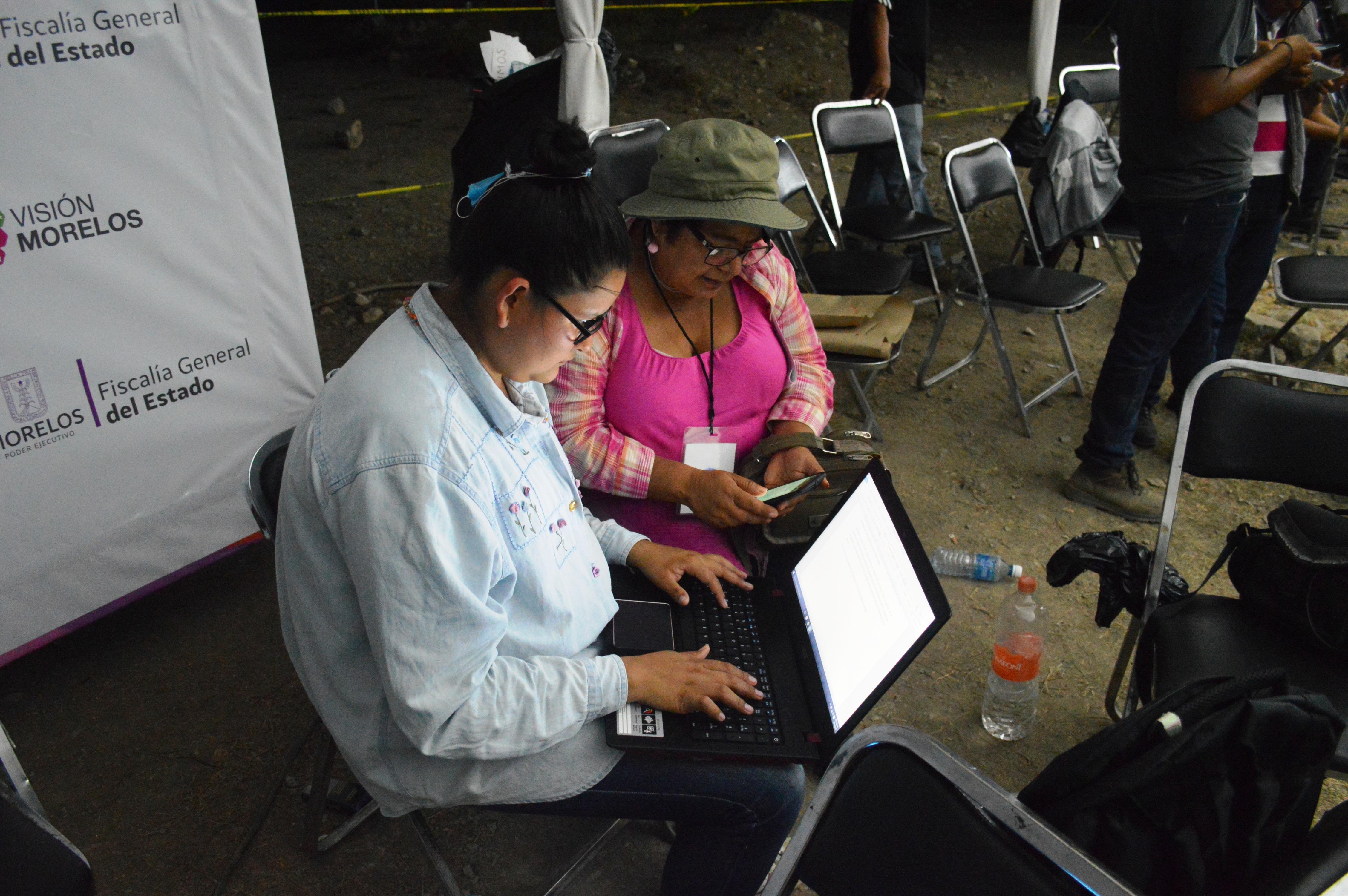 Aurelia Torres (ATA), y Angelina Albarrán, reporteras de El Sol de Cuernavaca.
