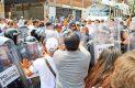 El cerco a las oficinas del TSJ comenzó desde un día antes, pero ayer los empleados intentaron ingresar al inmueble, lo cual fue impedido por la policía.