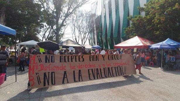 Incita el MMB a maestros a no  festejar su día en el Coruco