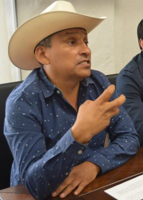 Revanchismo político, embestida contra León Trueba