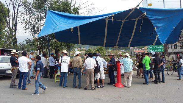 Plantón permanente en Tepoztlán
