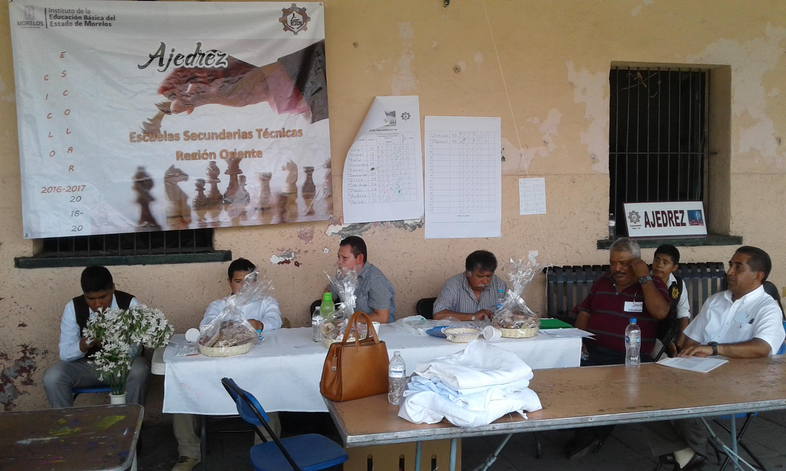 Definieron a los cinco ajedrecistas que participarán en el estatal de secundarias técnicas.