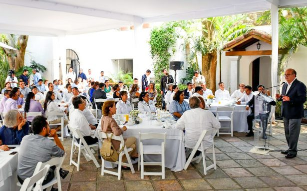 Quiere Morelos primer lugar en cobertura de bachillerato