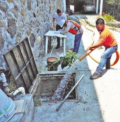 Suministraron agua con pipas a 8 mil familias de 16 colonias capitalinas
