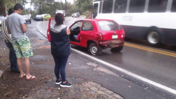 Se registra accidente automovilístico en la carretera federal Cuernavaca-México