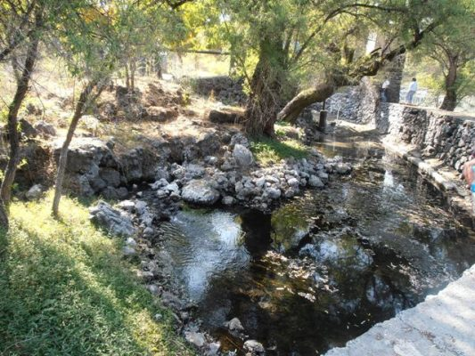 Quieren cobrar agua de la laguna de Hueyapan