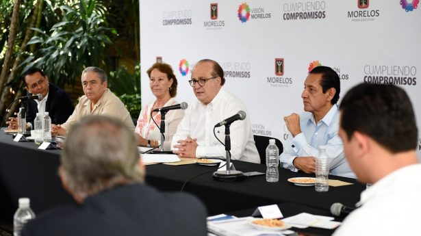 Llama el gobernador a universidades a diversificar oferta y fortalecer inversión