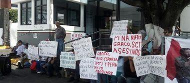 La Asociación Cívica Morelense se manifiesta en la SCT