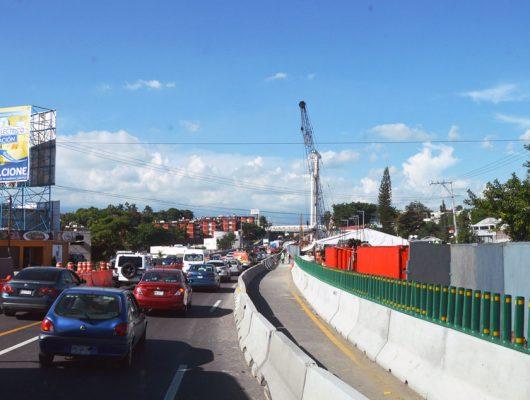 Sin avances, el puente sobre el Paso Exprés