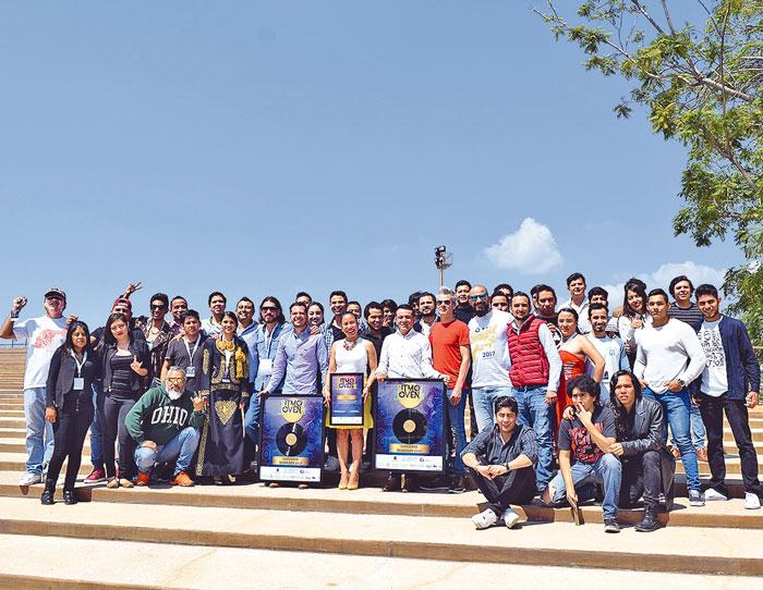 La foto del recuerdo de los participantes de los diferentes estados de la República Mexicana.